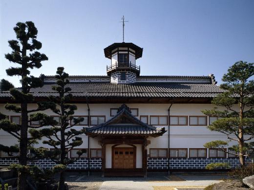 県宝 山辺学校歴史民俗資料館